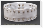 Neckband with rhinestone rivets